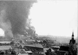 Die DEA nach einem Bombenangriff 1944